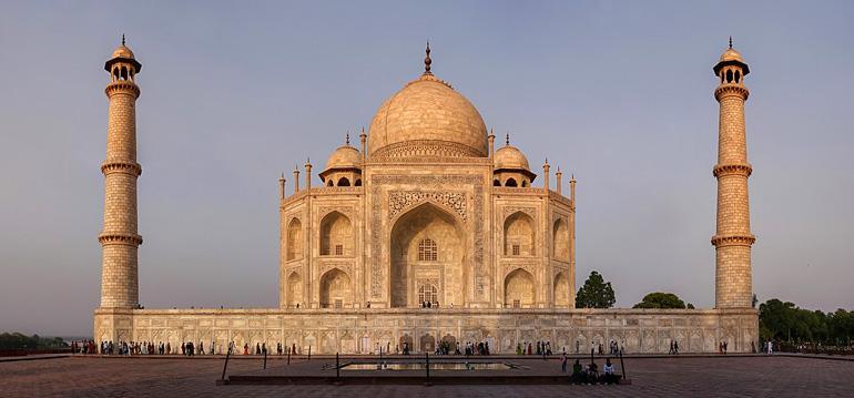تاج محل (ताज महल)