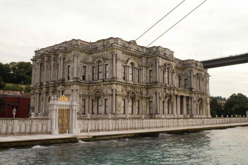 کاخ بیلربیی